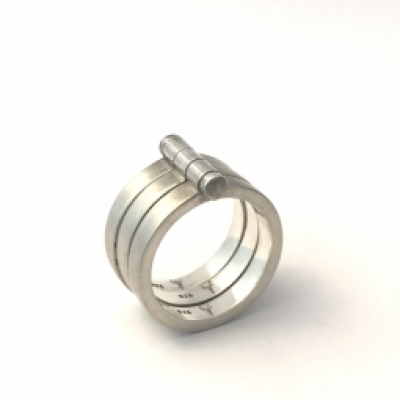 Connected Ring